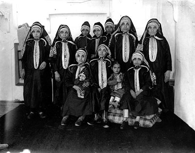 Wanita Yahudi di Uzbekistan. (Foto: inet)