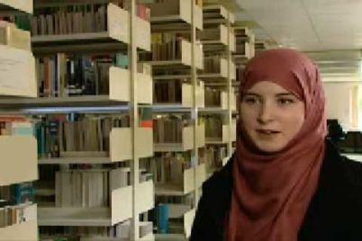 wanita-muslimah-inggris-borneo.jpg